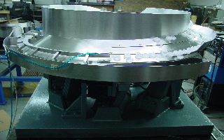 Cap feeder, multiple parts, with multiple lanes to single lane, High Speed