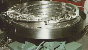 Assembly Feeder, Bolt and washer
