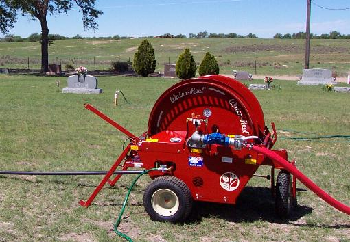 Model B130 waterreel irrigates cemeteries